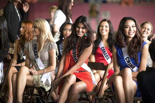 Kolumbijská účastnice je velmi krásná.