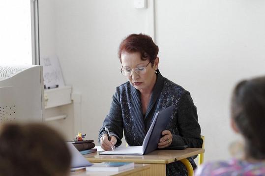 Maciuchová před kamerou opět září jako učitelka.