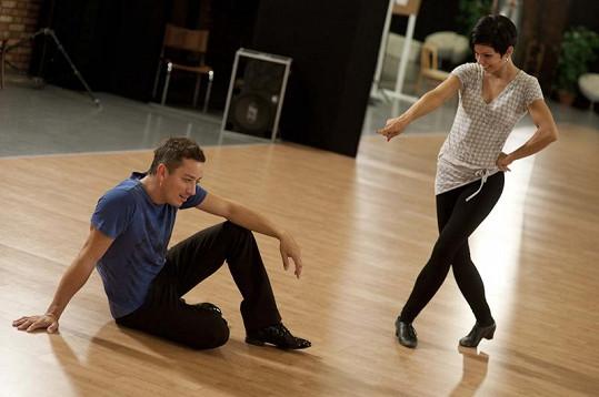 Petr Bende v tanečních nikdy nebyl. Projeví se to na jeho tanci?