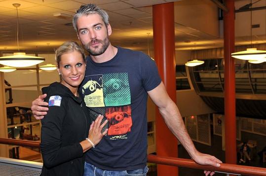 Josef Karas s přítelkyní Denisou Barešovou.