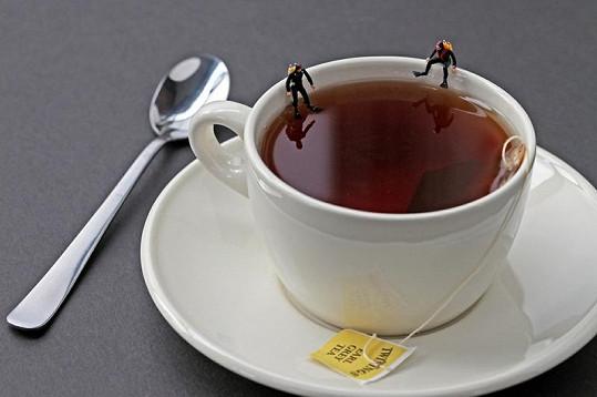Potápěči na šálku s čajem.