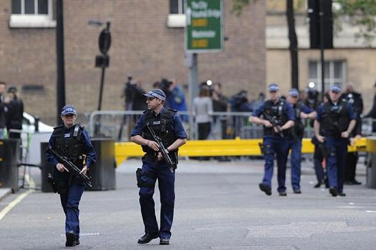 Bezpečnostní opatření v Londýně jsou extrémně přísná.