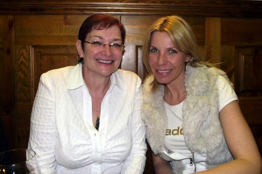 Darina Rychtářová s reportérkou Top Staru Andreou Ježkovou.