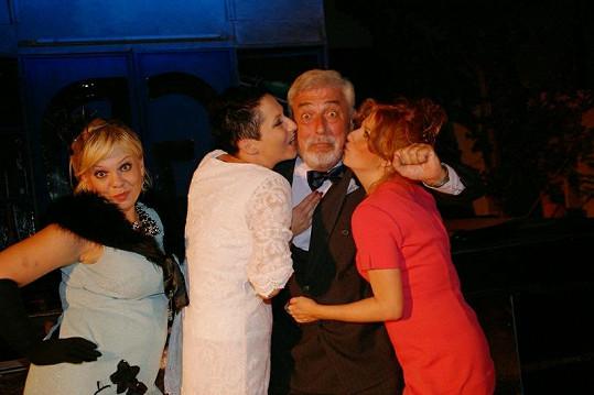 Jan Rosák v sobě herce nezapře.