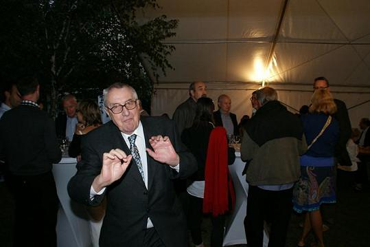 Vladimír Páral si párty umí užít.