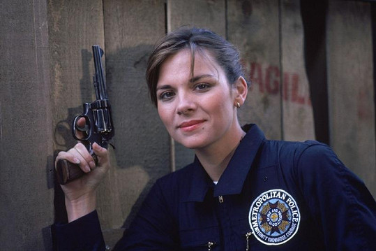 Kim Cattrall jako osmadvacetiletá ve své první velké roli.