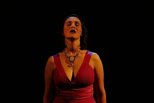 Nemáte rádi operu? V podání Gábiny Pešinové si ji zamilujete!