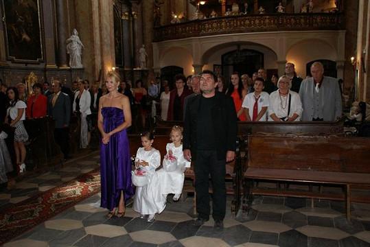 Svědkové obřadu Ivana Gottová a Roman Horký.