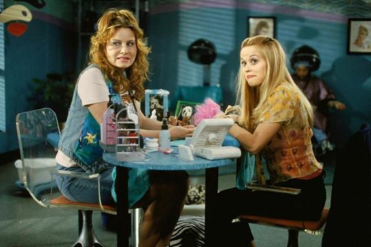 Coolidge v komedii Pravá blondýnka s Reese Witherspoon.