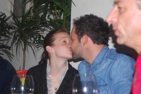Michael si Elišku udobřil polibkem.
