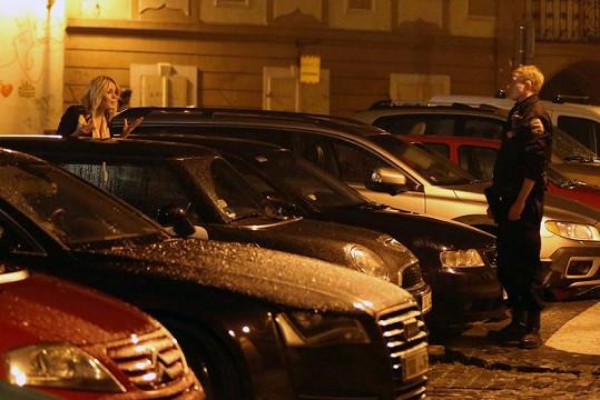 Nikol Moravcová se musela zpovídat policii.