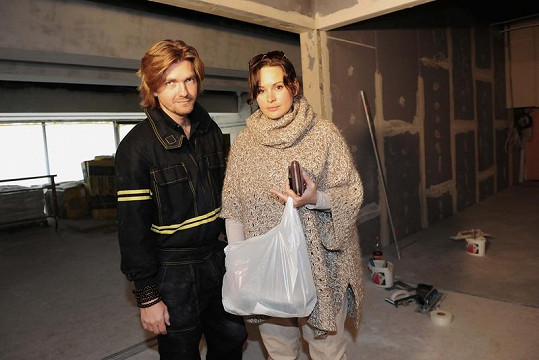 Čvančarová dorazila na stavbu bez dcery.