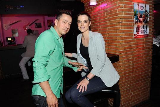 Petr Bende a jeho oškubaná manželka Zuzana.