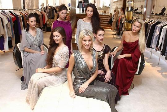 Finalistky České Miss oblečou šaty, které miluje například Rihanna nebo Beyncé.