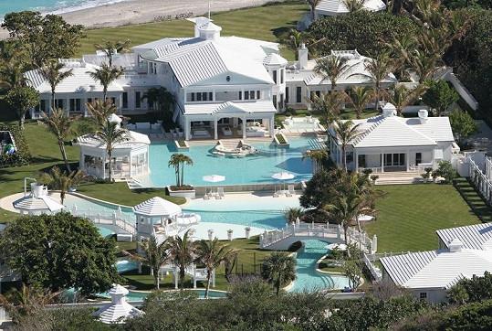 """Luxusní """"aquapark"""" Celine Dion."""