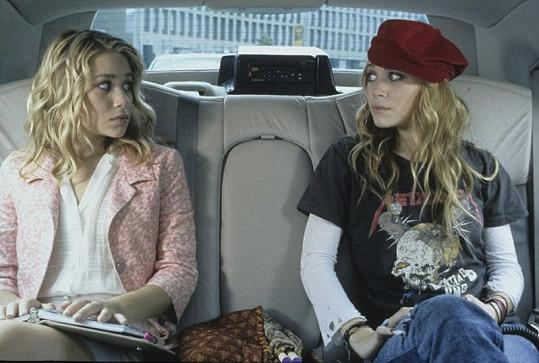 Dvojčata ve filmu Jeden den v New Yorku z roku 2004.