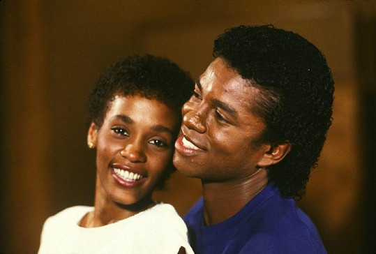 Whitney Houston a Jermaine Jackson v roce 1984.