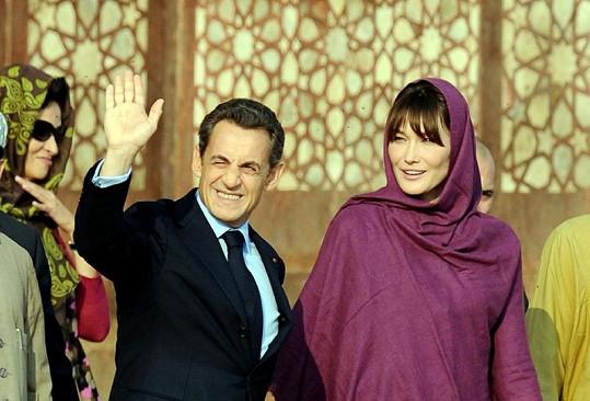 Bruni se Sarkozym v Indii.