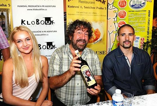 Tomáš Plekanec přišel pokřtít víno Zdeňka Trošky.