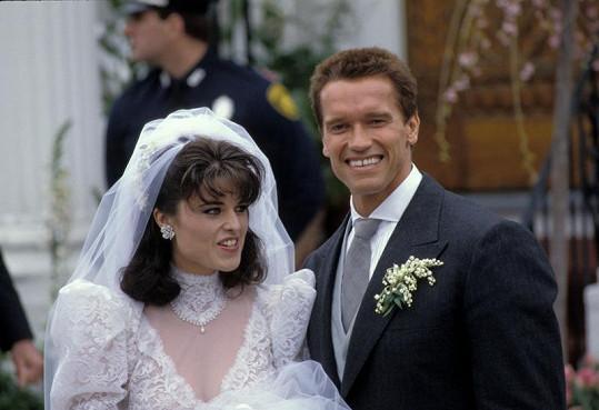 Tehdy ještě byli šťastní. Svatební foto Arnolda Schwarzeneggera a Marii Shriver z roku 1986.
