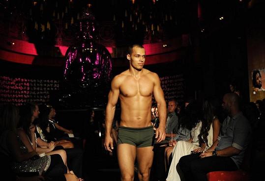 V pražském Buddha Bar Hotelu se objevili na mole také bývalí finalisté Muže roku.