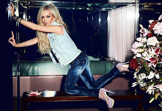 Lindsay pro kolekci jaro/léto 2012 značky Jag Jeans.
