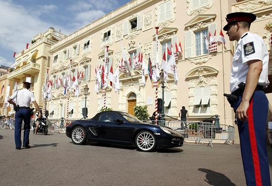 Slavnostně vyzdobené Monako.