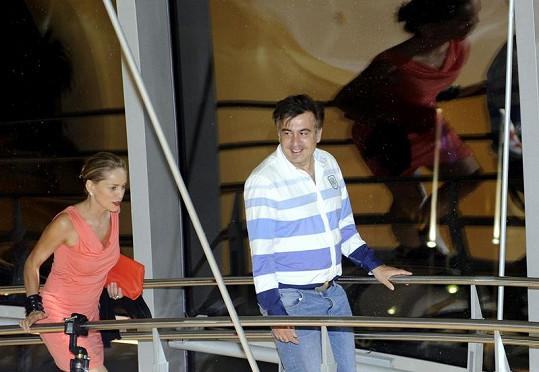 Sharon Stone a Michail Saakašvili v prezidentském paláci.