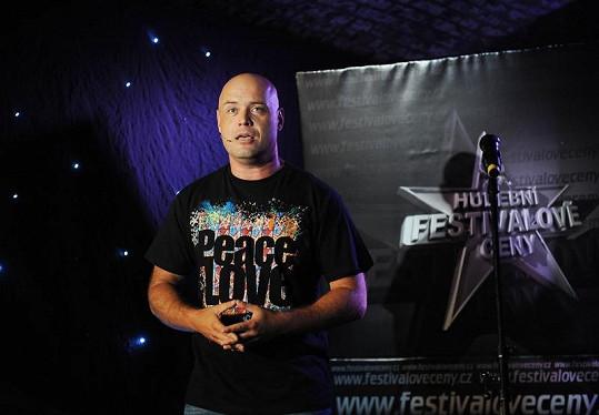 Petr Šiška večer moderoval.