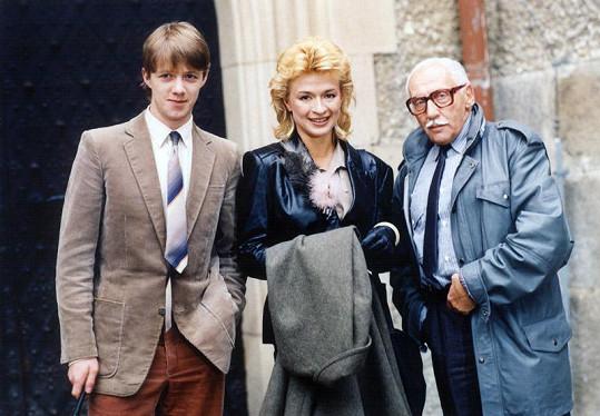 Jiří Langmajer začínal s imagí chlapečka, která mu dlouho vydržela. V komedii Poslední leč Alfonze Karáska (1987).