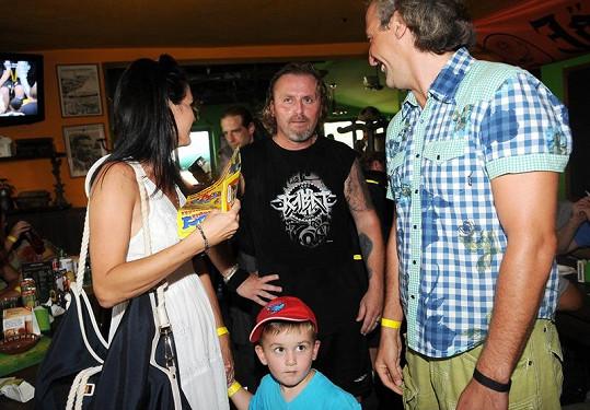 Libuška Vojtková se synem, novým partnerem Ivanem a exmanželem Vojtkem.