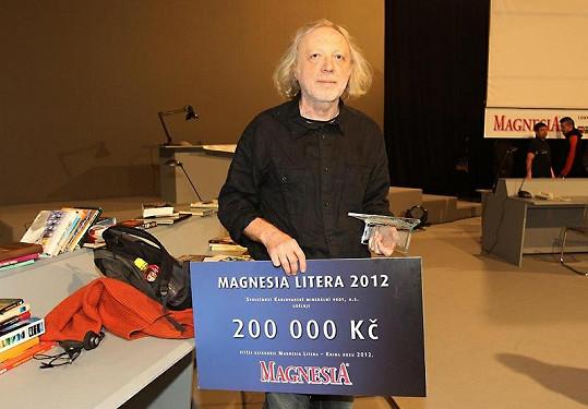 Cenu za knihu roku získal Michal Ajvaz za román Lucemburská zahrada.