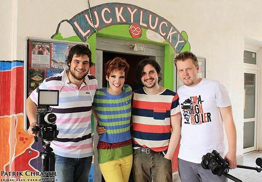 Natáčení probíhalo v režii mladých slovenských filmařů z Cloned Monkeys production.