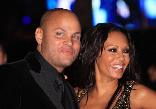 Mel B s manželem Stephenem Belafonte.