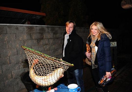 Sabina Laurinová s přítelem Karlem Kameníkem si libují v luxusu.
