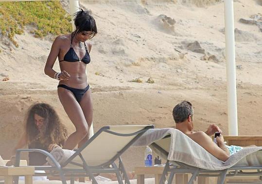 Naomi Campbell na dovolené na Ibize.