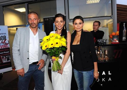 Vlaďka Erbová s Tomášem Řepkou na oslavě narozenin Hany Svobodové.