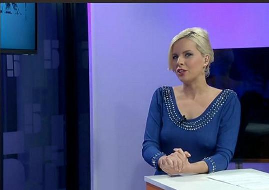 Kateřina Kristelová v pořadu TV Pětka Bulvárek.