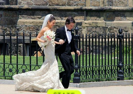Mila Kunis se svým filmovým ženichem Markem Wahlbergem.