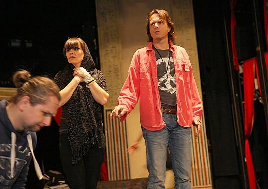 Marta Jandová s Jankem Ledeckým na zkoušce rock opery Hamlet.