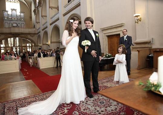 Jana a Ruda se brali loni v polovině června v Praze.