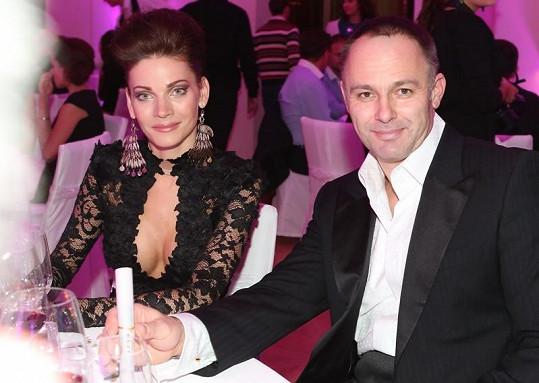 Andrea s manželem Danielem během večeře.