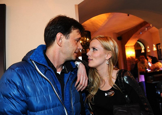 Jan Šťastný s manželkou Bárou mají zpět spokojené manželství.