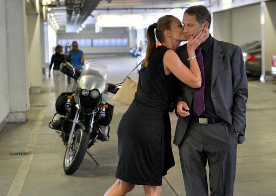 Vitázková a Igor Chmela si zahrají manžele.