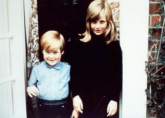 Diana se svým mladším bratrem Charlesem Spencerem.