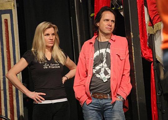 Leona a autor muzikálu Janek Ledecký.