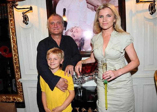 Jako rodina Machálková s Šípkem a synem Arturem fungují bez problémů.