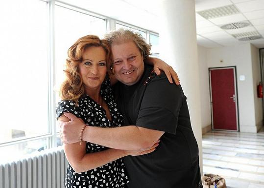 10.00 - Simona s režisérem na projekci filmu Tady hlídám já.