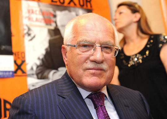 Václav Klaus je čertvý sedmdesátník.