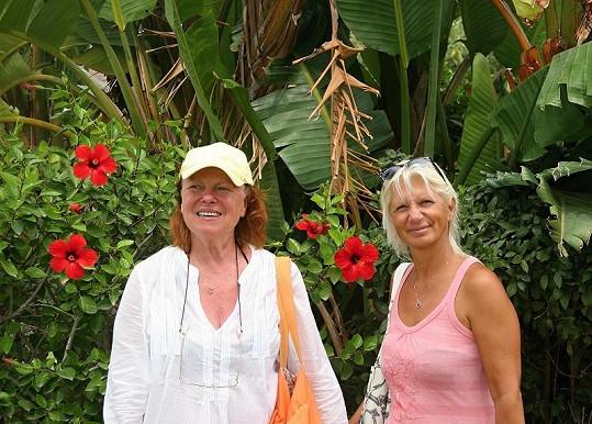 Iva Janžurová strávila letošní dovolenou ve Španělsku s kamarádkou MUDr. Ivanou Němečkovou.